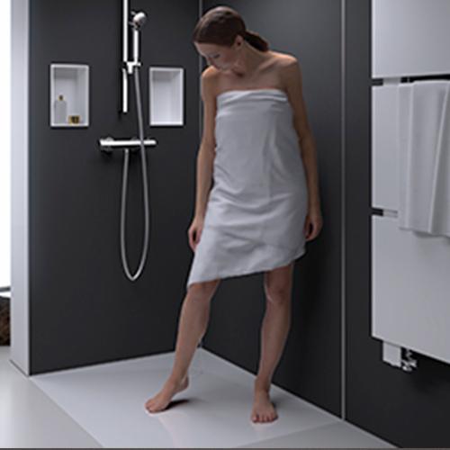 Fugenlose Nischen sowie elegante Duschflächen aus Mineralwerkstoff